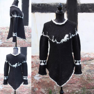 poncho-pullover-heartbeat-black